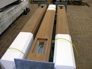 houten-mast-gecombineerd-met-RVS