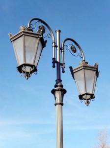 klassieke dubbele uithouder lichtmast aluminium